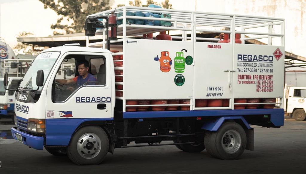 Regasco truck delivery